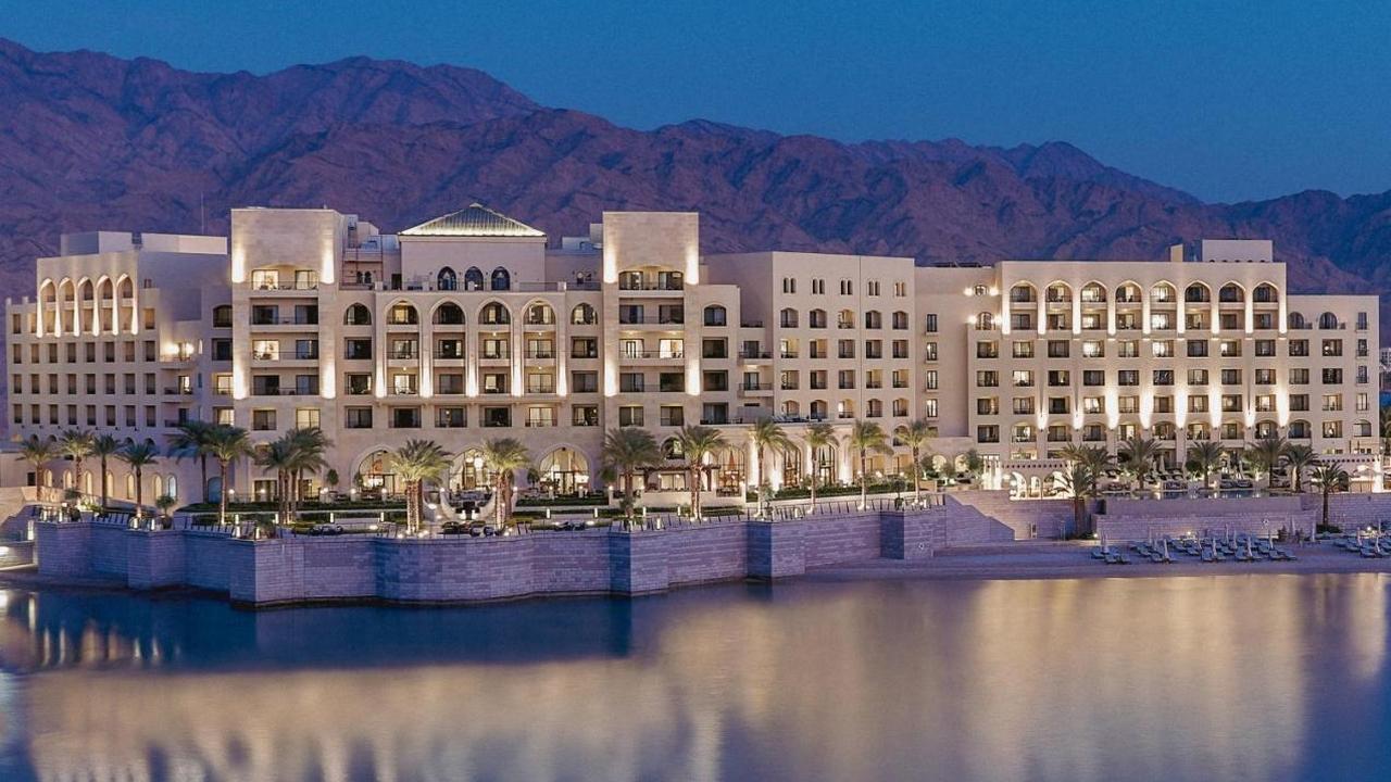 Al Manara Luxury Collection Hotel